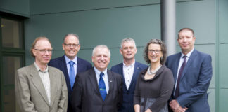 """Dr Alan Sloane, UCC; Dr James McIntosh, safefood; Prof. Gerry Boyle, Teagasc; Dr Seamus O'Reilly, UCC; Ron McNaughton, Food Standards Scotland and Prof. Maeve Henchion, Teagasc at """"Food supply chain integrity on the island of Ireland: the potential of blockchain technology"""" seminar at Teagasc Ashtown."""