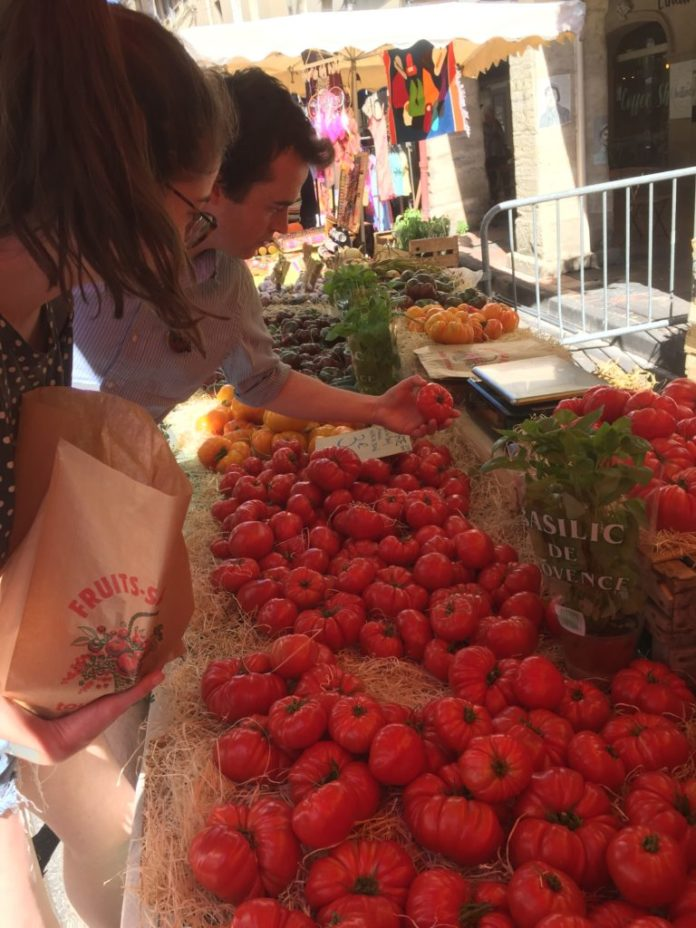 Carpentras market